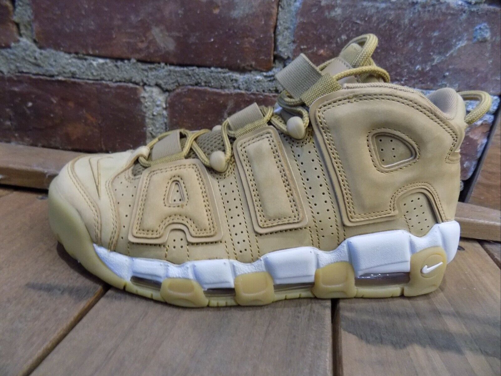 MEN'S NIKE AIR UPTEMPO 96 WHEAT AA4060-200