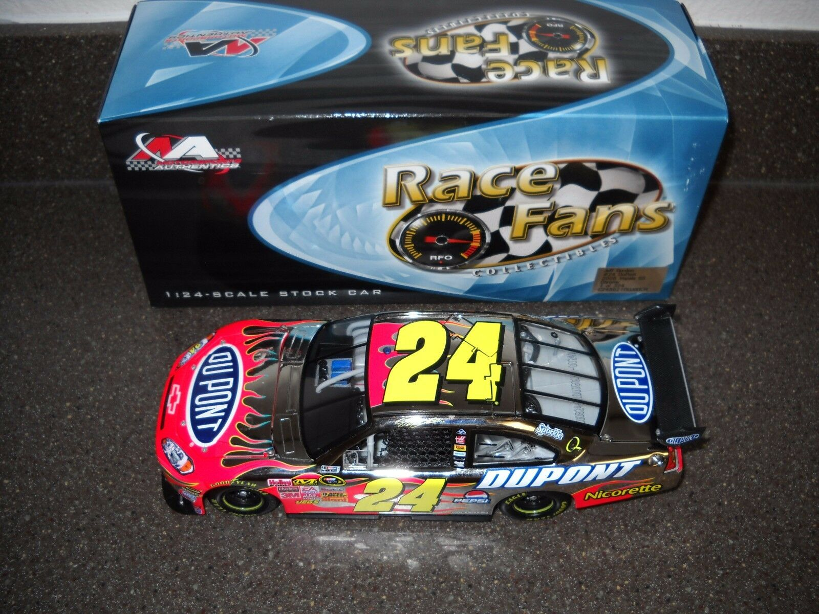 NEW NIB RARE 2008 JEFF GORDON 1 24 DUPONT RACE FANS CHROME 241 324