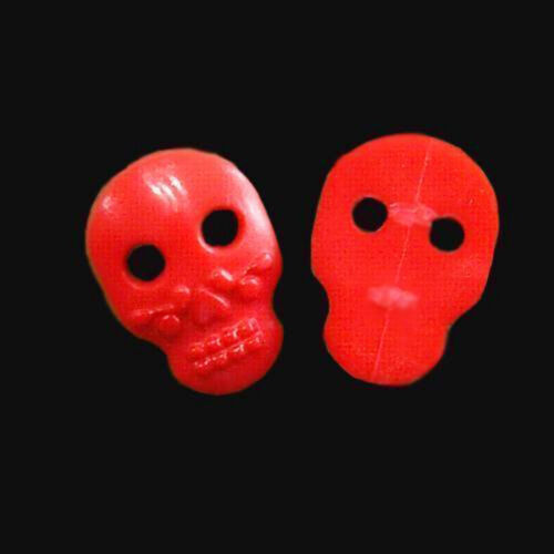 15 Large Skull Plastic Decor Halloween Sewing Clothes Sewing Buttons Red K712