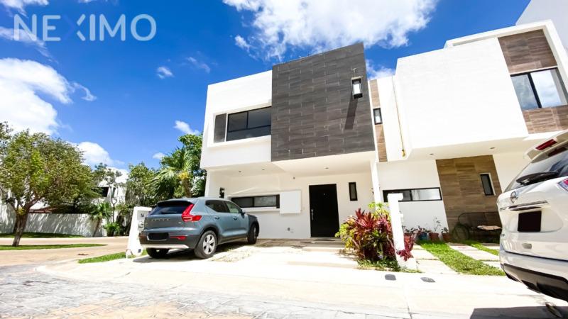 Casa en Venta de 3 Recámaras, Arbolada by Cumbres, Av. Huayacán, Cancún