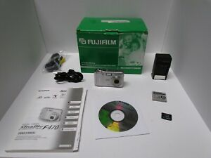 Fujifilm-Finepix-F470-6-MP-Point-amp-Shoot-Digital-Camera-FACTORY-REFURBISHED
