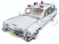 1959 Cadillac Ambulance White Precision Collection 1/18 Car By Greenlight 18004