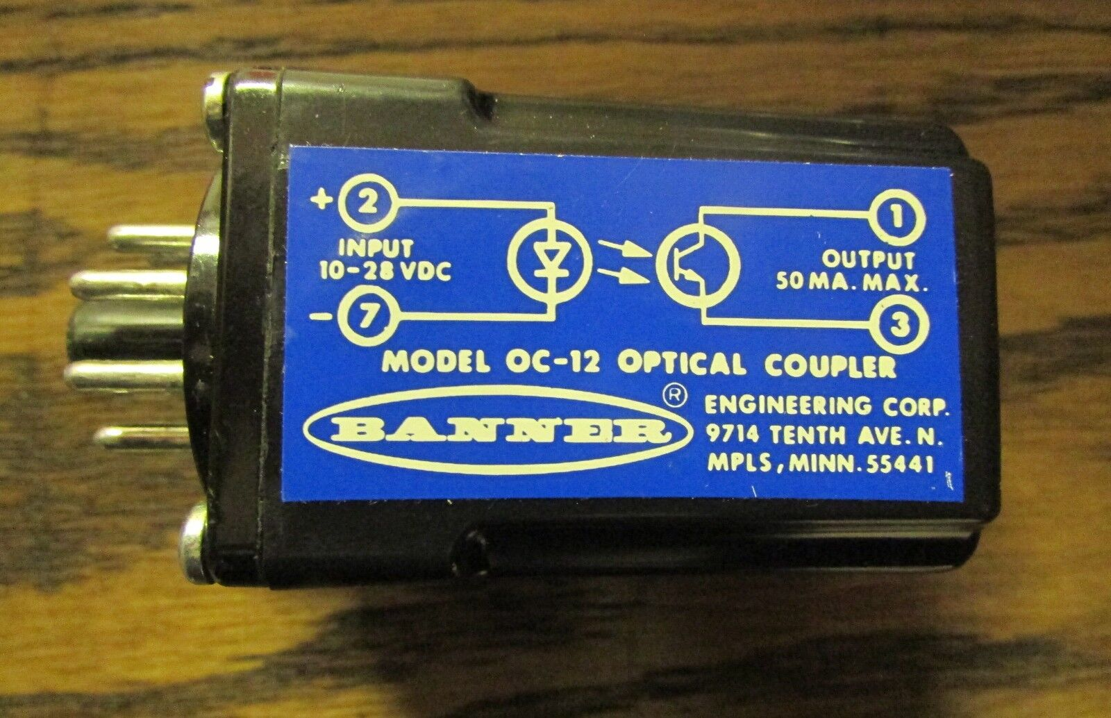 BANNER OC-12 Optical Coupler 10-28VDC input 50 MA output