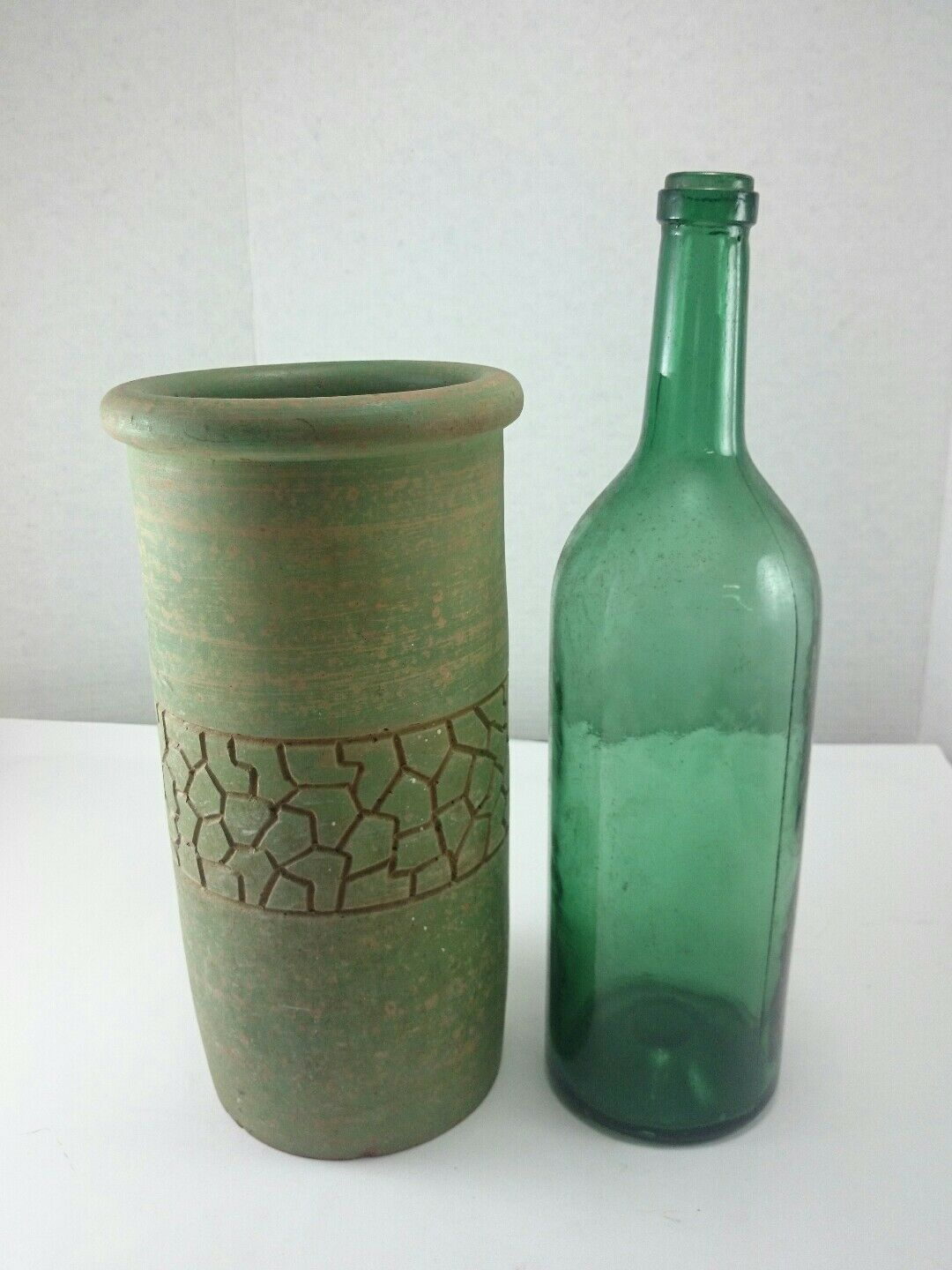 ANTIQUE WINE COOLER 1920 vert Patina Etched Clay Vase Glass Bottle Hand Made
