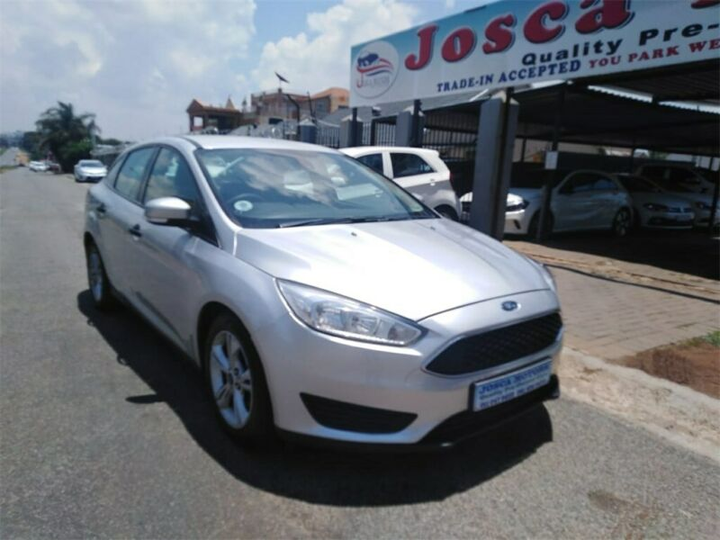 2016 Ford Focus 1.0 EcoBoost Ambiente Powershift 4-door for sale!