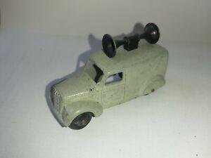 Dinky-34c-Loud-Speaker-Van