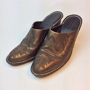 DONALD-J-PLINER-Women-039-s-6-5M-Embossed-Italian-Mules-Golden-Brown-Leather