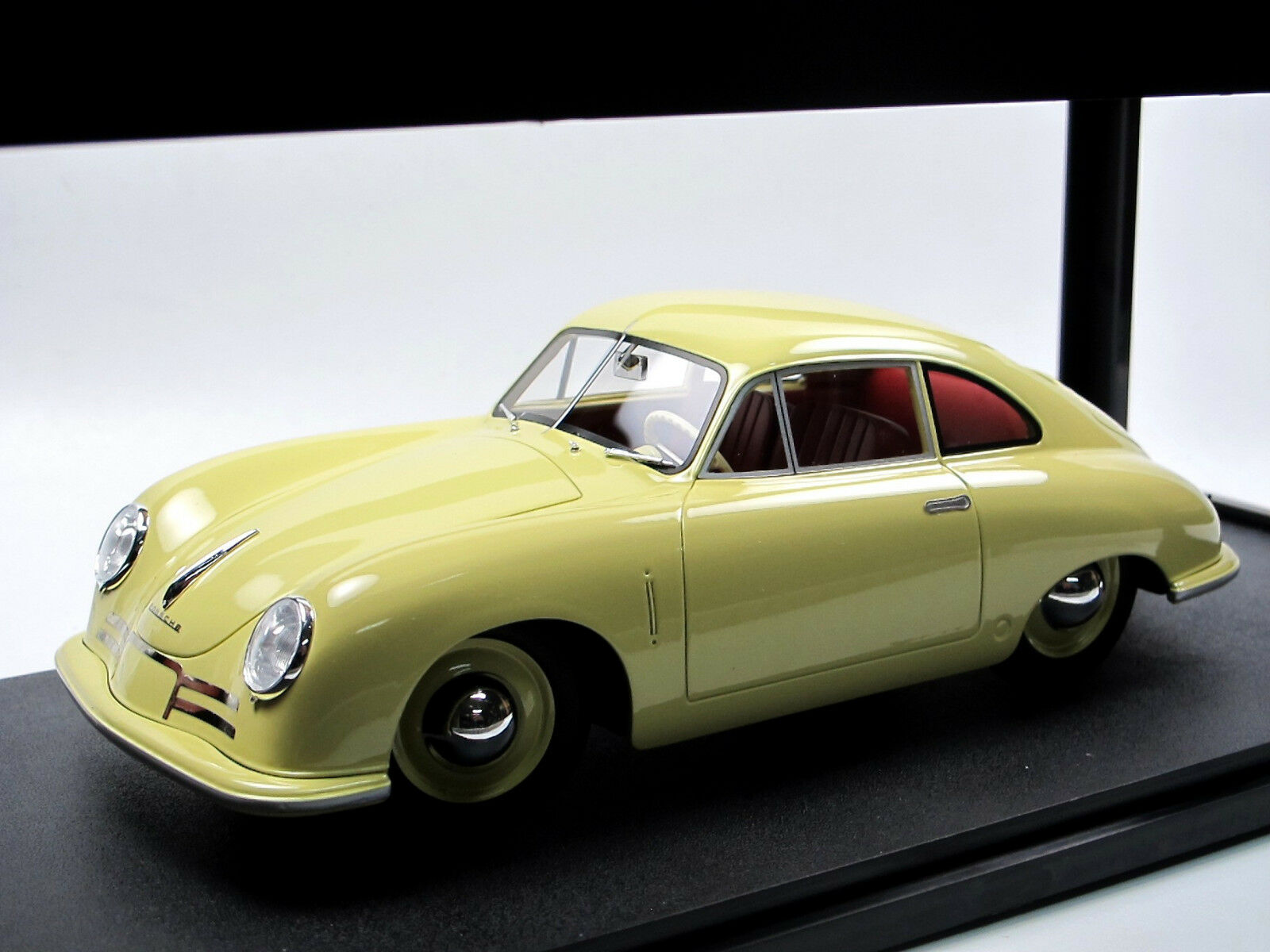 Cult Scale Models 1948 Porsche 356 2 Gmund Coupe Pale Yellow 1 18 Resin Model