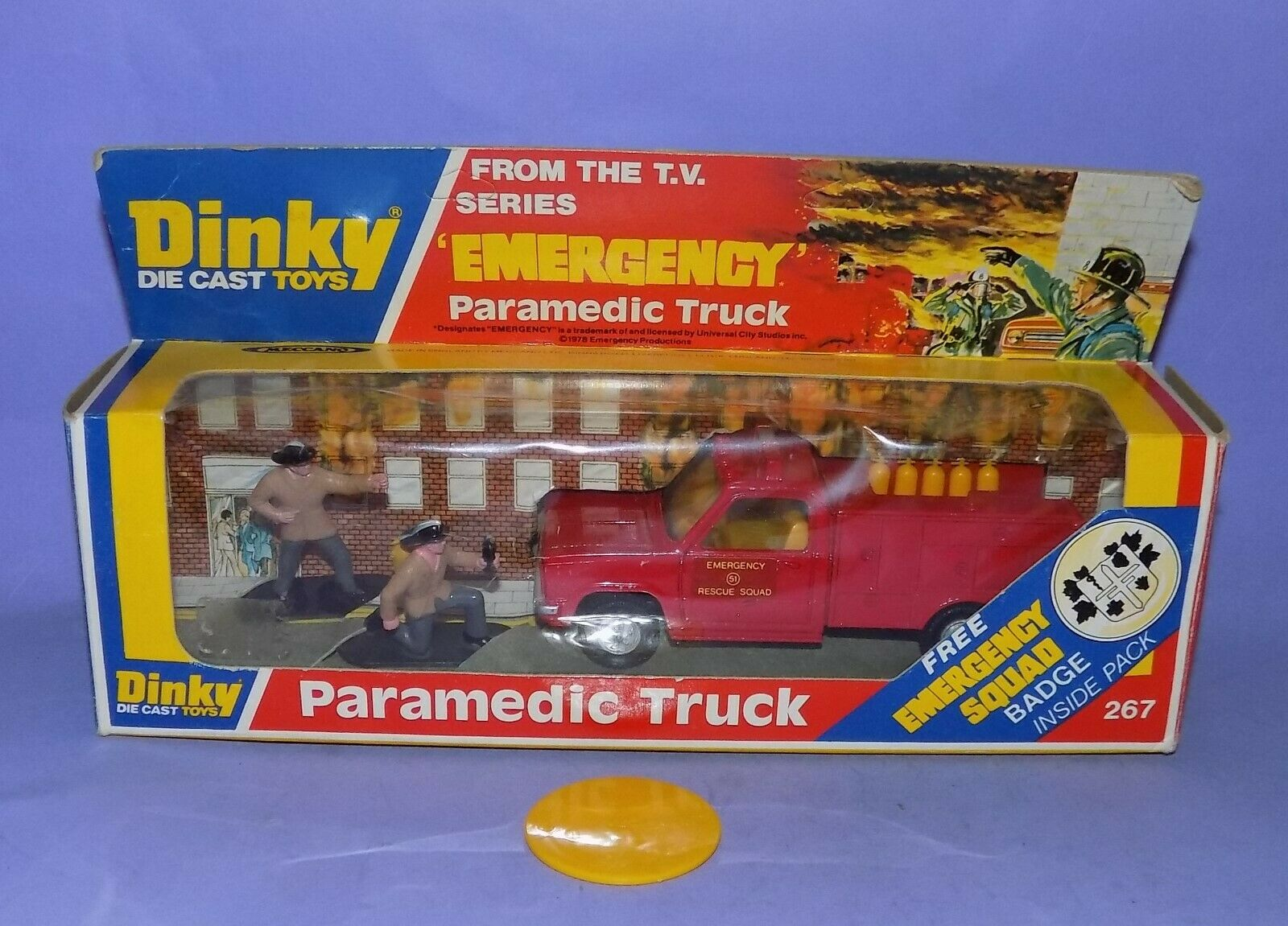 MINT BOXED  1978-1979  DINKY TOYS  NO 267  EMERGENCY PARAMEDIC TRUCK