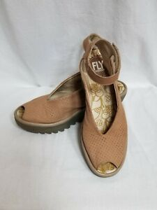 Fly-London-Perforated-Wedge-Sandal-Yala-Women-039-s-Size-36-5-5-Tan-Brown
