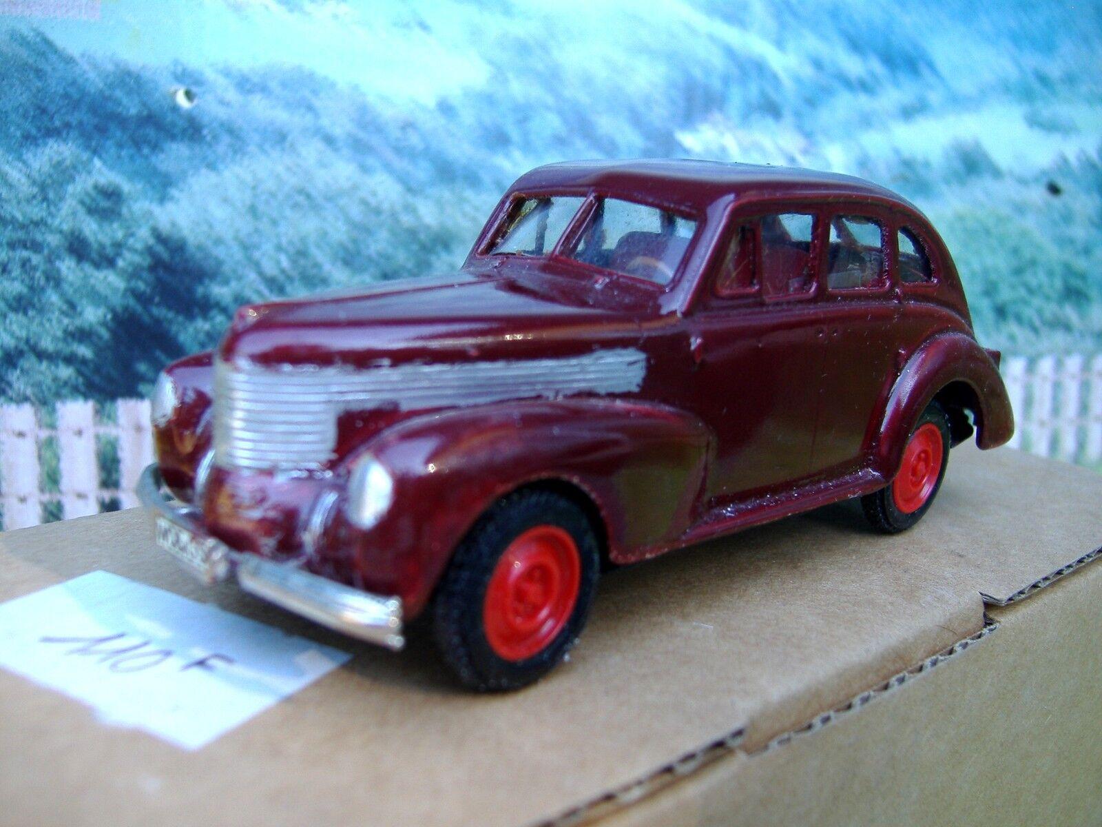 1  43 Plumbies (Tyskland) Opel kapitan 1939 Handgjort vit Metal Kit