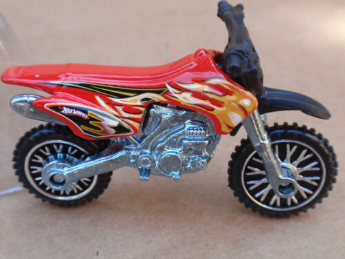 2010 Hot Wheels HW450 from 5 Pack LOOSE Red