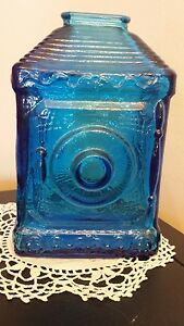 Federal-Savings-coin-Bank-Wheaton-Bottle-blue-NJ-glass-6-034-safe-square-vintage