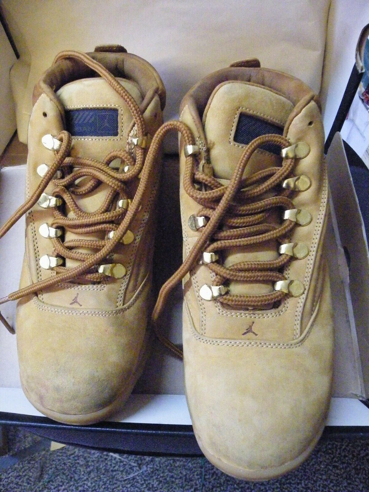 DESSERT BOOTS SAND WHEAT COLOUR LACE UP SIZE 6.5 FOR MEN BRAND NEW & BOXED
