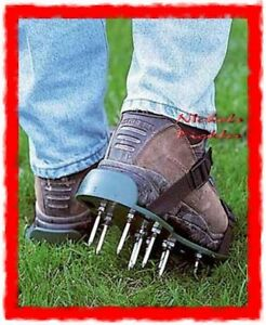 DELUXE GARDEN LAWN AERATOR AERATING SPIKE SANDALS SHOES TINE