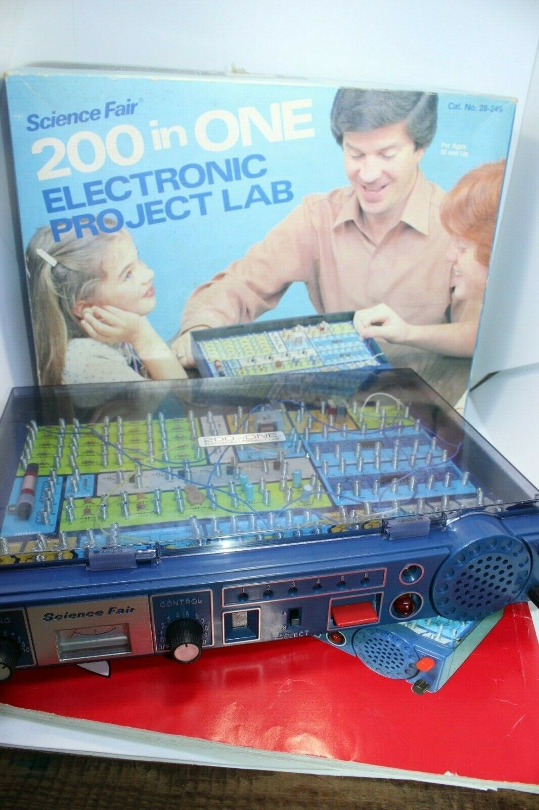 Vintage Science Fair 200 in One Electronic Project Lab electronics game learning