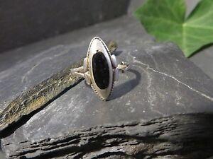 Schoener-925-Silber-Ring-Email-Jugendstil-Art-Deco-Gerissen-Schwarz-Formstark-Top