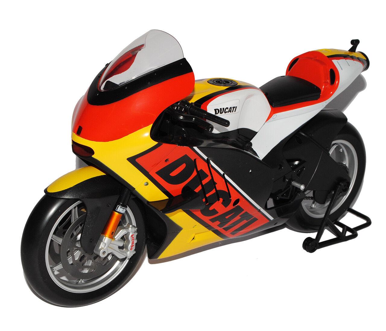 Ducati Desmosedici Flaggen Deutschland Design Germany Germany Germany 1 6 Maisto Modell Motorr.. 221c39