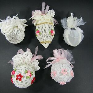 Victorian-themed-Christmas-ornament-Lot-of-5-Pink-White-Crochet-Lace-Handmade