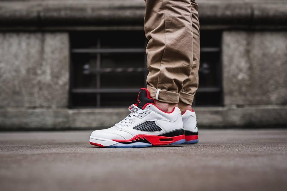 Nike Air Jordan 5 retro Low Fuego Rojo Fuego Low reducción de precios con gran descuento 22f14a
