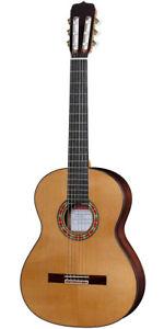 Jose-Ramirez-Studio-1-Classical-Guitar-with-Cedar-Top-and-Hard-Case