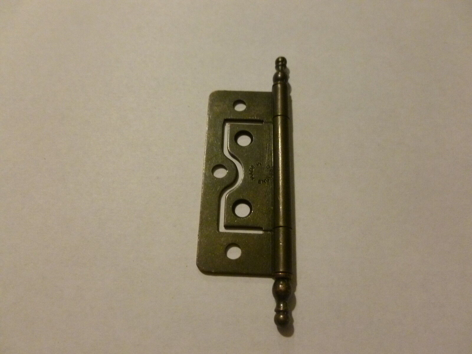 25 Bronze No-Mortise, with Finial Hinges
