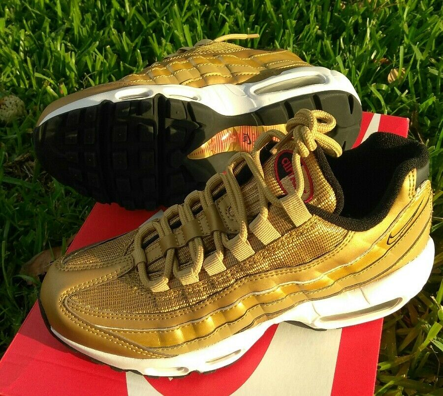Size 6 WOMEN'S NIKE AIR MAX MAX MAX 95 QS Metallic gold 90 97 814914 700 casual running 8ed844