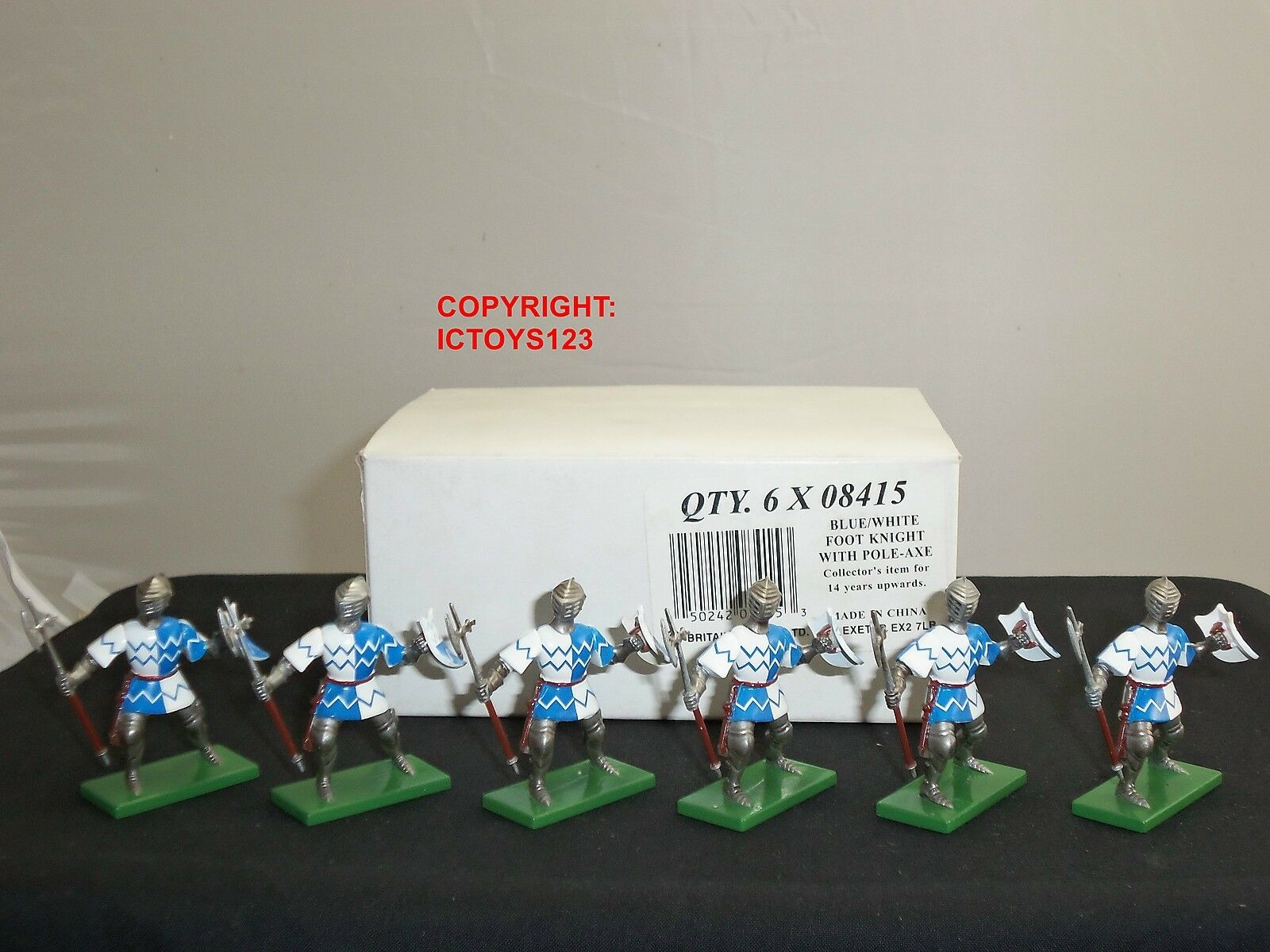 BRITAINS 08415 6 blueE WHITE FOOT KNIGHTS METAL TOY SOLDIER FIGURES + TRADE BOX