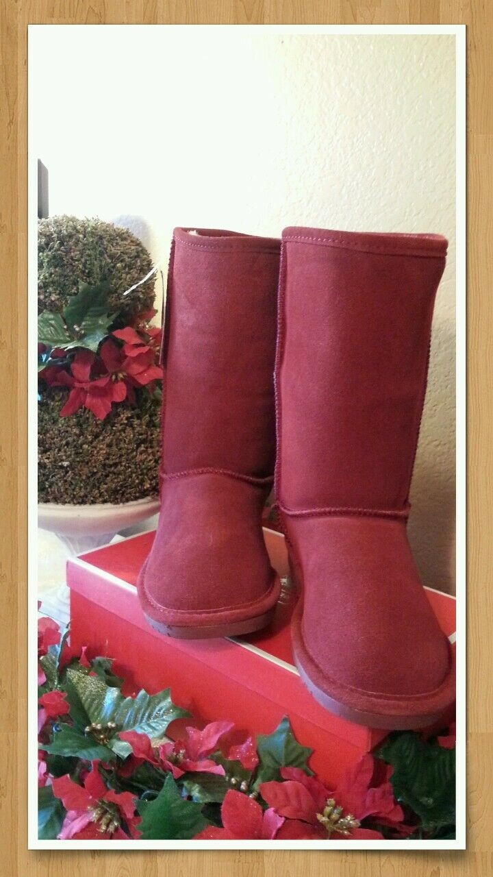 Bearpaw Women's Shearling Boots  Redwood Size 8