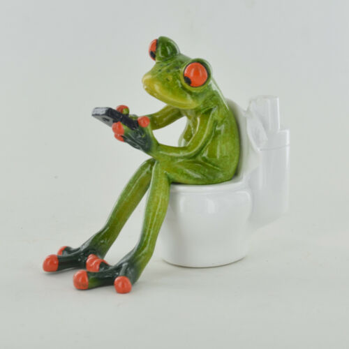 Comical Frogs On the Toilet Frog Resin Figure Ornament Home Decor New /& Boxed