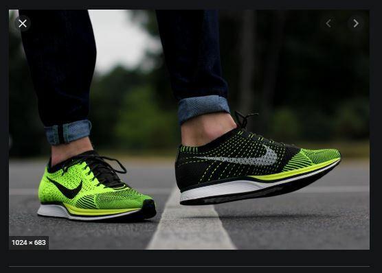 dolor de cabeza dictador orden  Mens 8.5 W10 Nike Flyknit Racer Running Shoes Volt Yellow White ...
