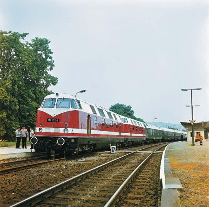 Roco DR BR118 552-9 Diesel Locomotive IV (DCC-Sound) HO Gauge RC73889