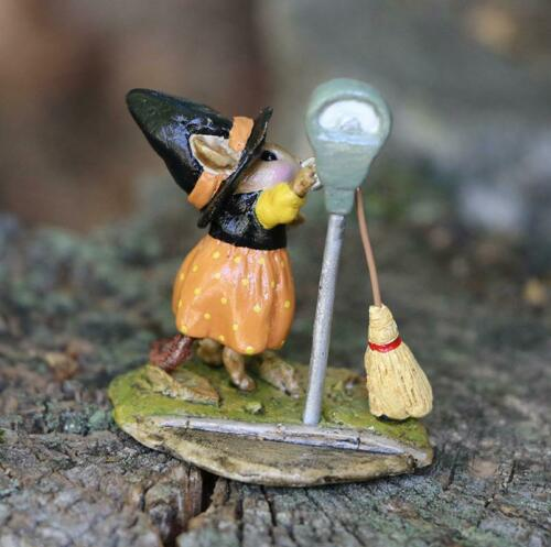 Wee Forest Folk M-677 Parking for a Spell