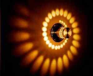 Wandleuchte-LED-Design-Wandlampe-Flurlampe-Deckenleuchte-warm-gelb