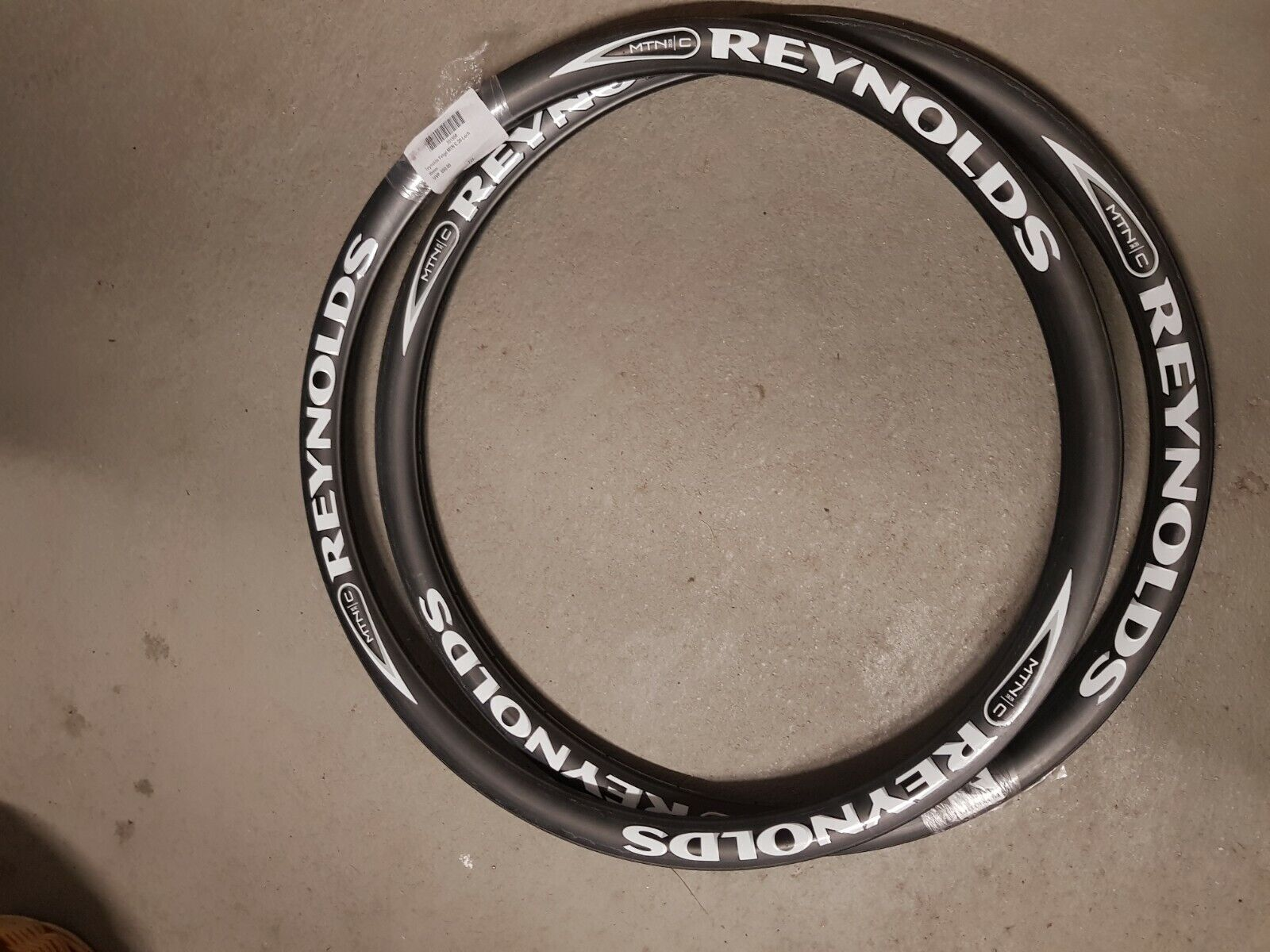 Reynolds MTB carbon MTN 33c llanta 26  nuevo sin usar
