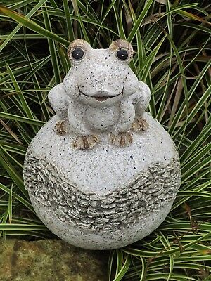 Streng Magnesia Frosch Auf Kugel G469565 Garten Terrasse Teich Rasen Dekoration Jade Weiß