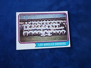 1974-TOPPS-LOS-ANGELES-DODGERS-TEAM-CARD-643