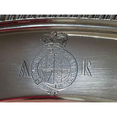 Große Platte der KÖNIGIN ANNE VON GROßBRITANNIEN Silber Hosenband-Orden 18. Jhdt