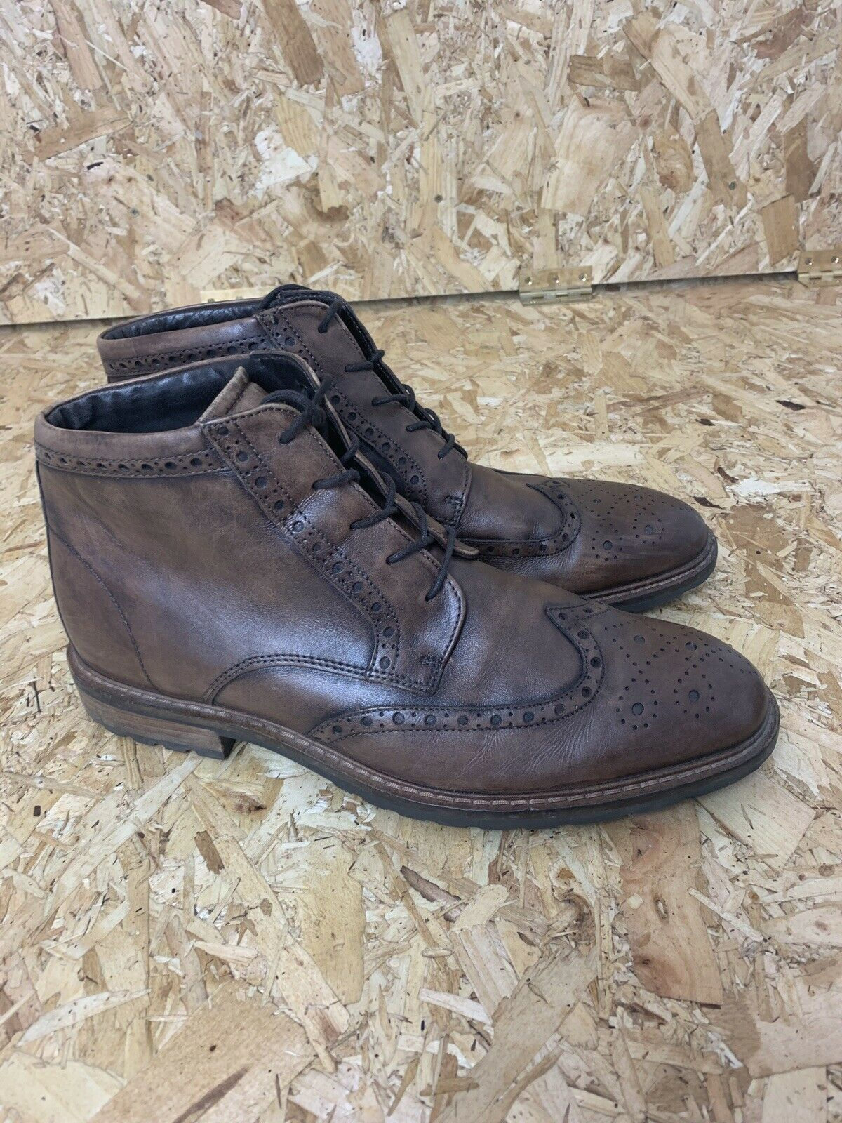 Men's ECCO Brown Leather Brogue Boots Shoes. UK Size 13 Wide .