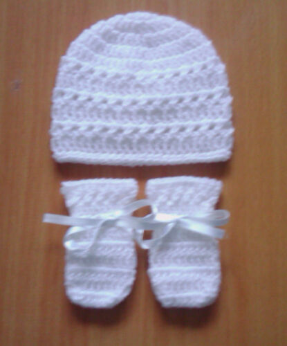 Handmade Hand Crocheted Baby Unisex Xtr Hat /& Mitts Various Colours 100/%Acrylic