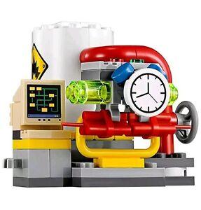 LEGO-THE-BATMAN-MOVIE-POWER-PLANT-FROM-SET-70900