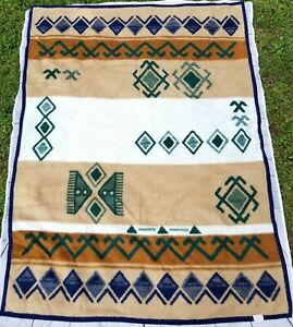 Biederlack-of-America-Southwest-Aztec-Native-Throw-camp-Blanket-Tan-Green-77x55