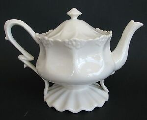 New Grace S Teaware Victorian Off White Tea Coffee Pot
