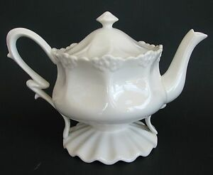 New Grace S Teaware Victorian Off White Tea Coffee Pot