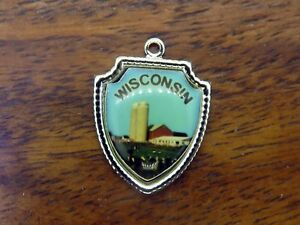 Vintage-sterling-silver-WISCONSIN-STATE-FARM-COWS-TRAVEL-SHIELD-charm-E13