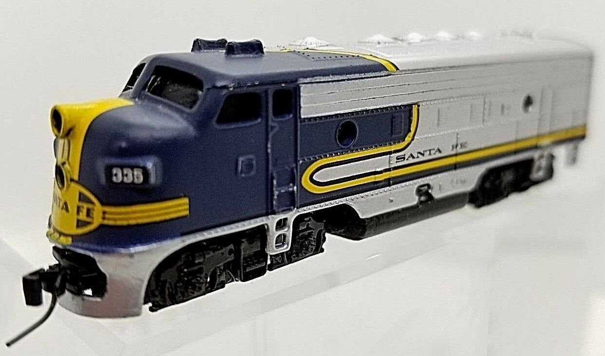 MTL Z 14010 -2 F7 ATSF Poweröd A -Unit Locomotive (Tested)