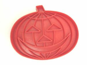 Tupperware Cookie Cutter Red Vintage Pumpkin 3 Tall x 2 12 Wide