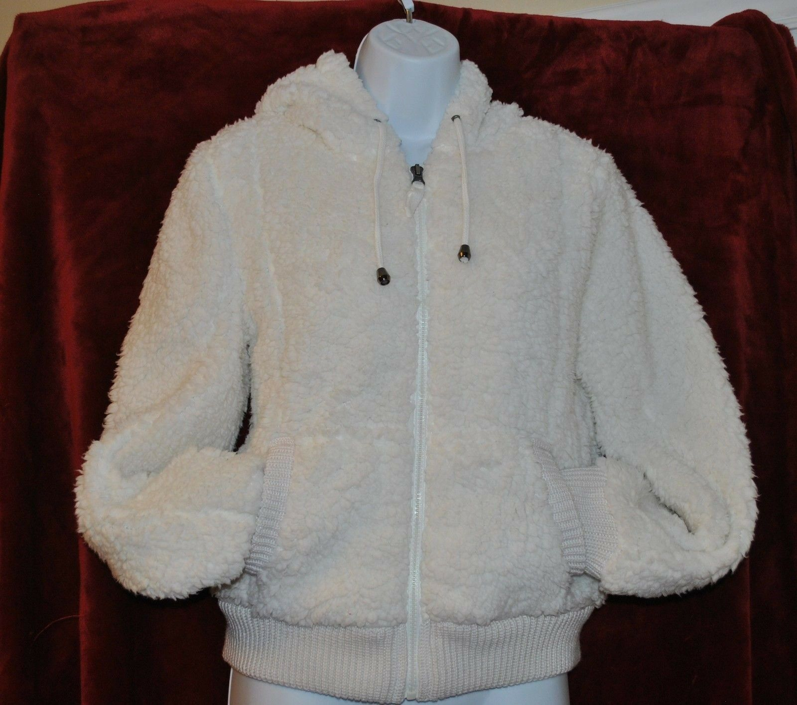 NWT WOMAN'S HANNAH COAT SIZE S