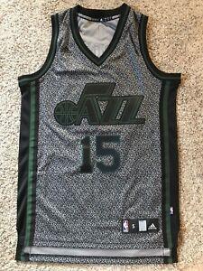 size 40 9de66 c64d9 Details about Adidas Utah Jazz Derrick Favors Swingman Static Jersey Size  Mens S Sewn #15