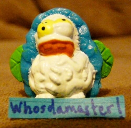 Trash Pack Rotten Egg Trashies Series 6 #1016 HARD BOILED BUZZER White Mint OOP